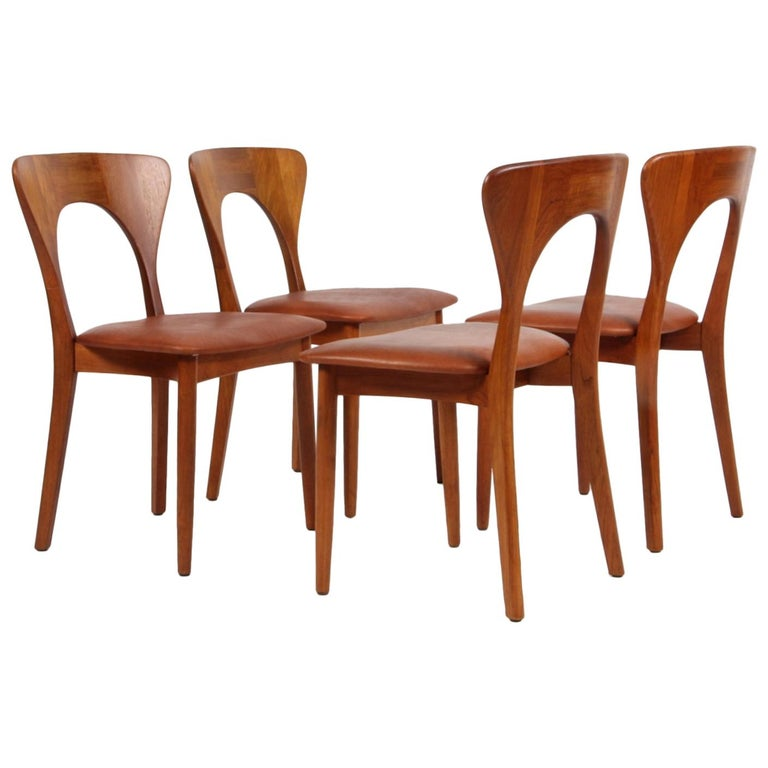 """Set of Four Niels Koefoed """"Peter"""" Dining Chairs Teak and Aniline Leather For Sale"""