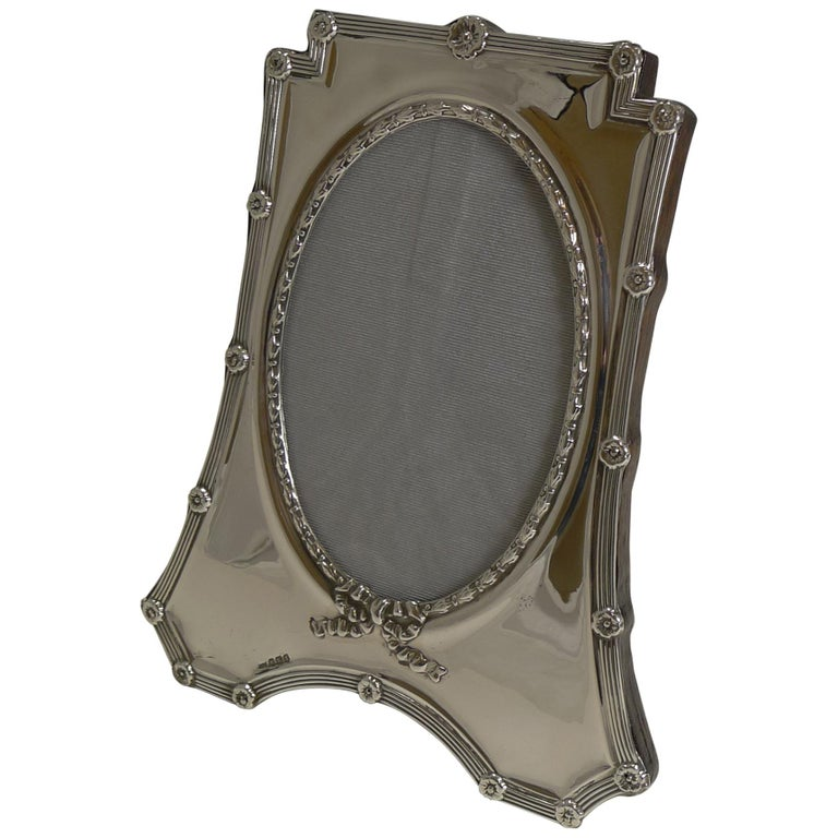 Antique English Sterling Silver Photograph Frame by Mappin and Webb, 1908 For Sale