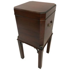 Chippendale Style Mahogany Williamsburg Edition Cellarette End Table