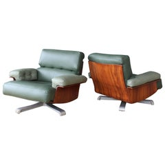 Pair of Brazilian Rosewood Chairs with Leather Upholstery, Brazil, 1960s