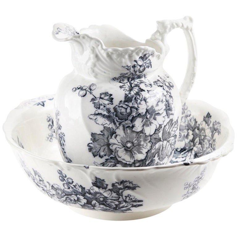 Antique Victorian Gray and White Jug and Bowl For Sale