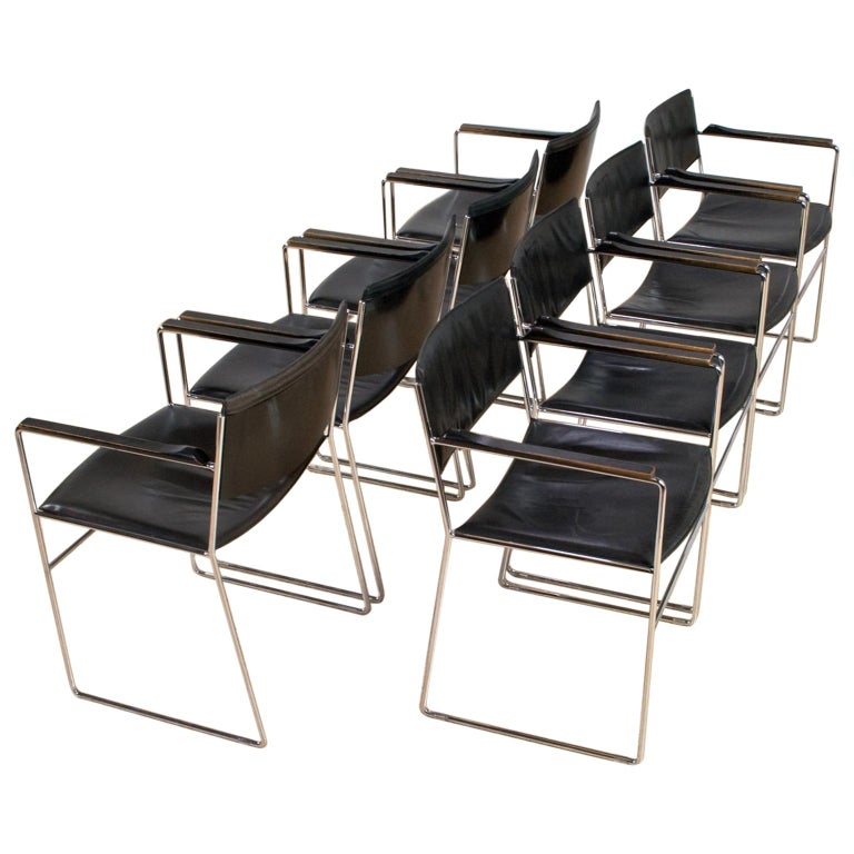 Elegant Italian Modern Dining Room Set in Black Leather and Steel, 1970s For Sale