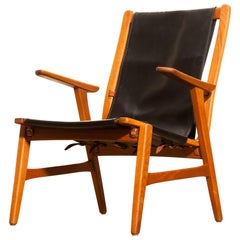 1950s, Oak and Leatherette Hunting Chair 'Ulrika' by Östen Kristiansson