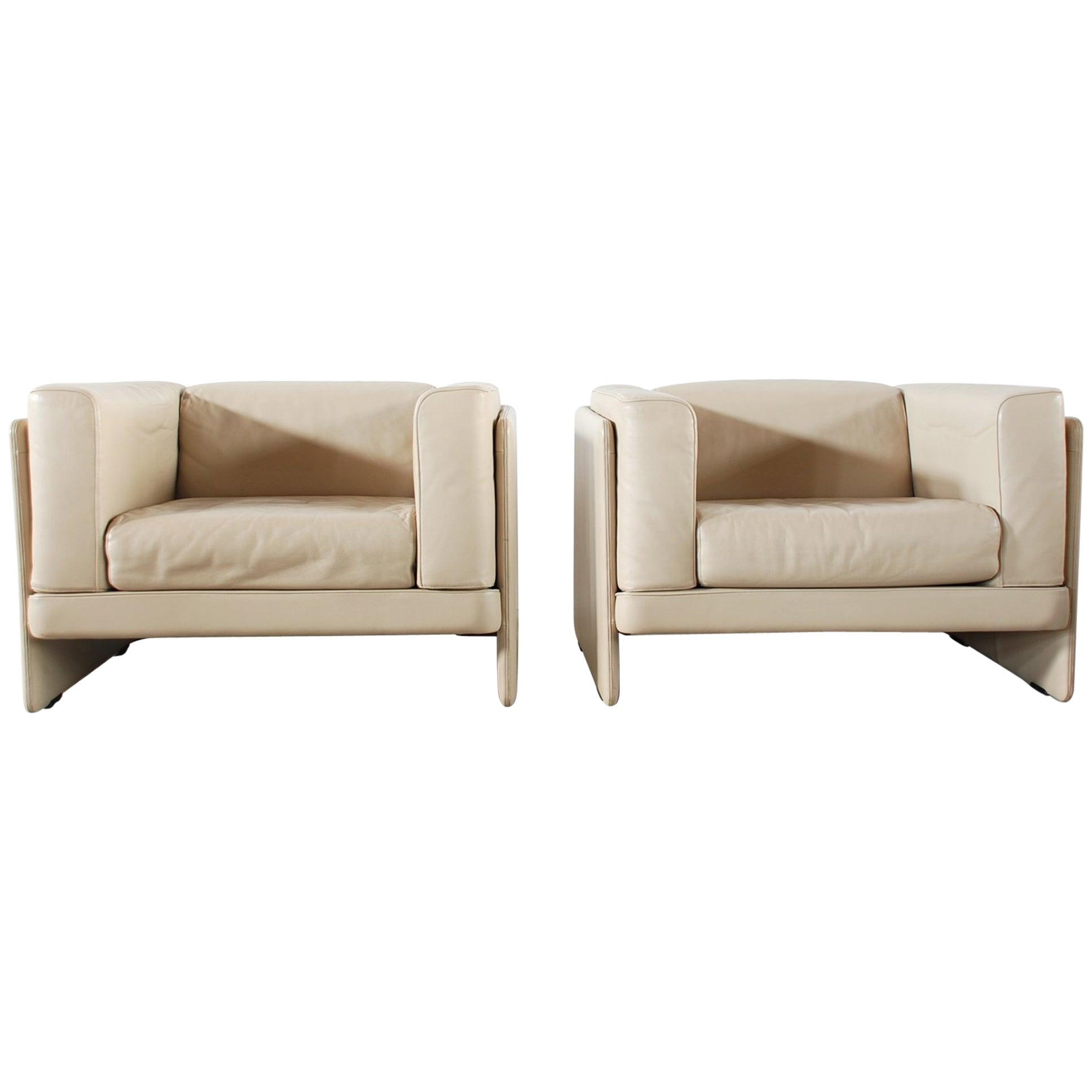 Poltrona Frau Armchair Chair Model La Capanelle by Tito Angoli
