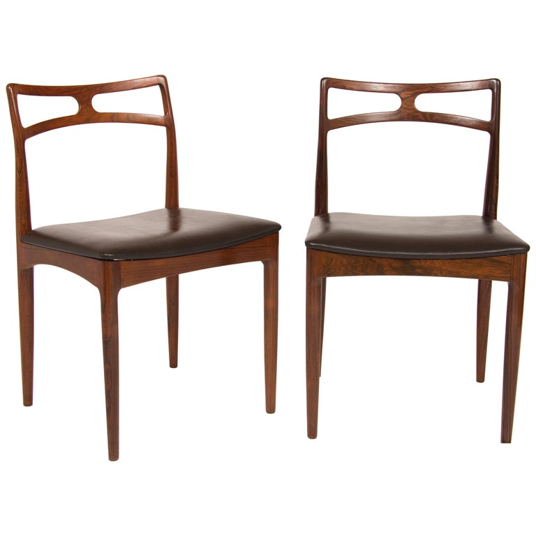 Pair of Midcentury Dining Chairs by Johannes Andersen for Christian Linneberg For Sale