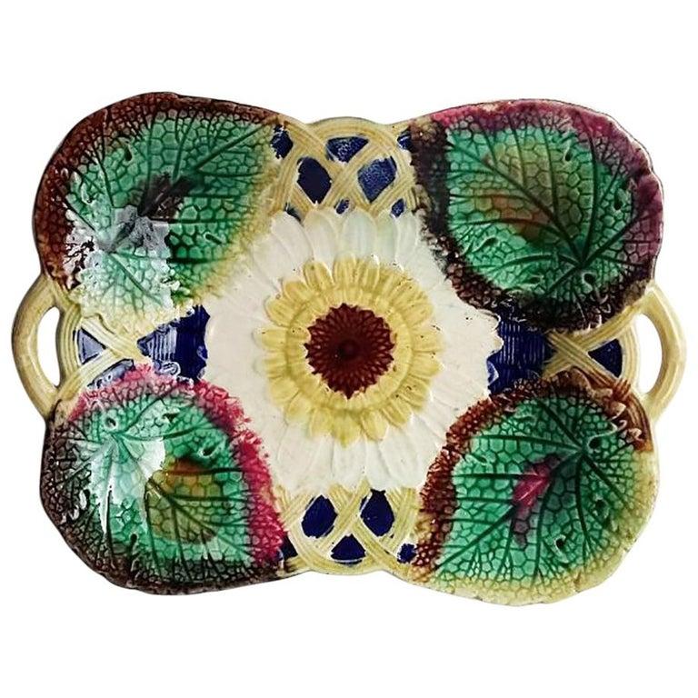 English Victorian Sunflower Majolica Handled Platter, circa 1880 For Sale