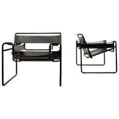 "Marcel Breuer Bauhaus Leather B3 ""Wassily"" Armchair for Gavina, 1972, Set of 2"