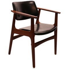 Armchair in Teak and Black Leather of Danish Design from the 1960s