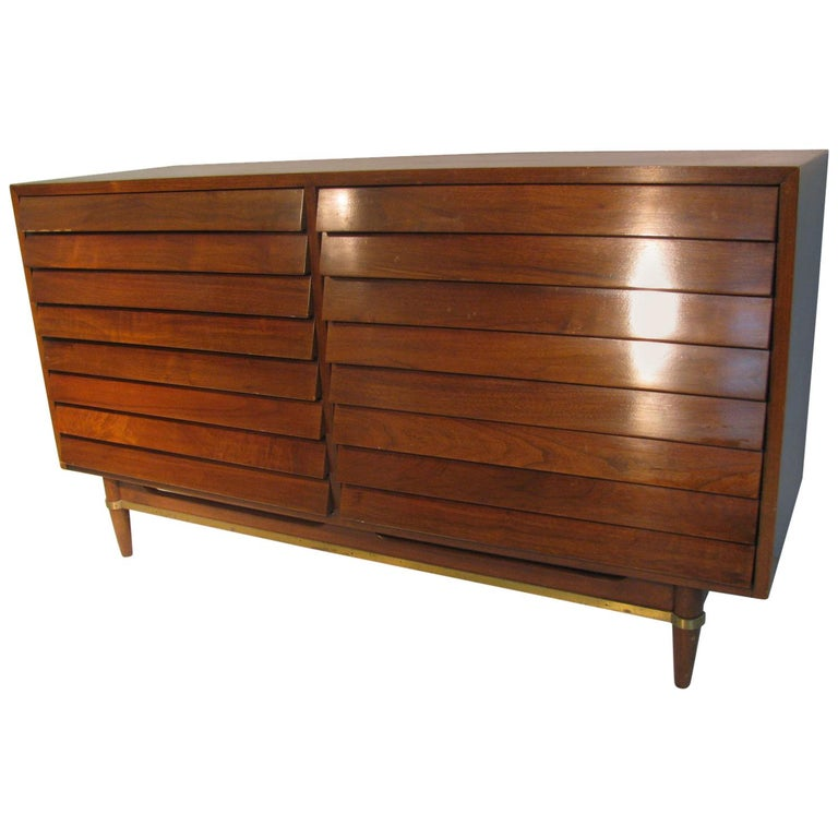 Mid-Century Modern Walnut Dresser American of Martinsville by Merton Gershun For Sale