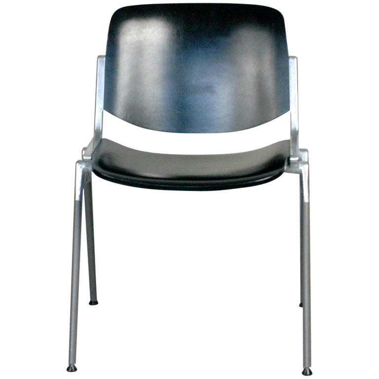 Set of Six Black Lacquered Castelli Dsc 106 Stacking Chairs by Giancarlo Piretti For Sale
