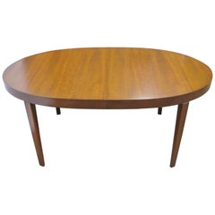 Directional / Calvin Furniture Oval Classic Cherry Midcentury Dining Table