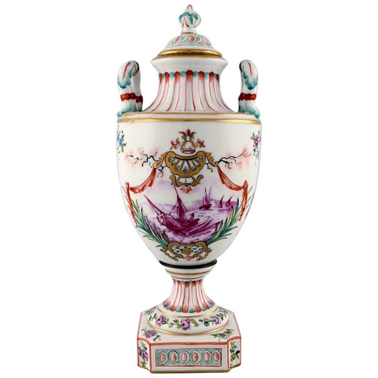 Antique Lidded Vase of Porcelain in Overglaze, Classic Style, Late 1800s For Sale