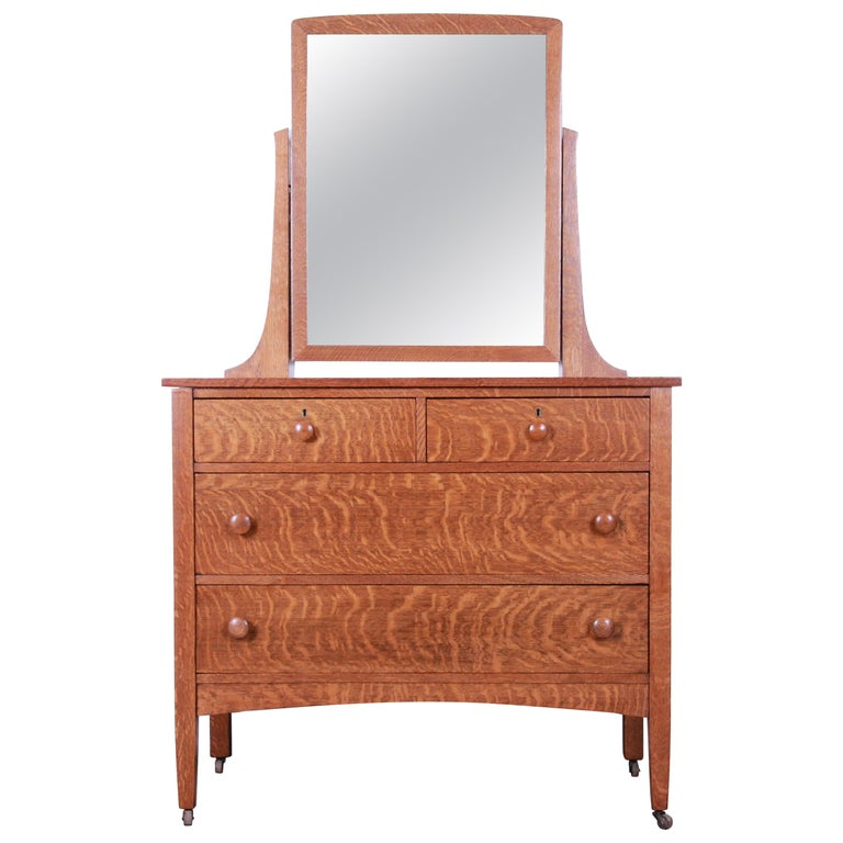 Antique Tiger Oak Dresser with Swing Mirror, circa 1900 For Sale
