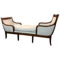French Early 19th Century Directoire Period Chaise Longue or Daybed