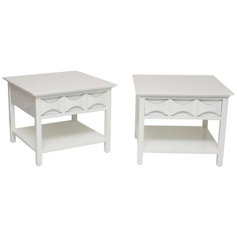 Pair of Mid-Century Modern Style Lacquered End Tables For Sale