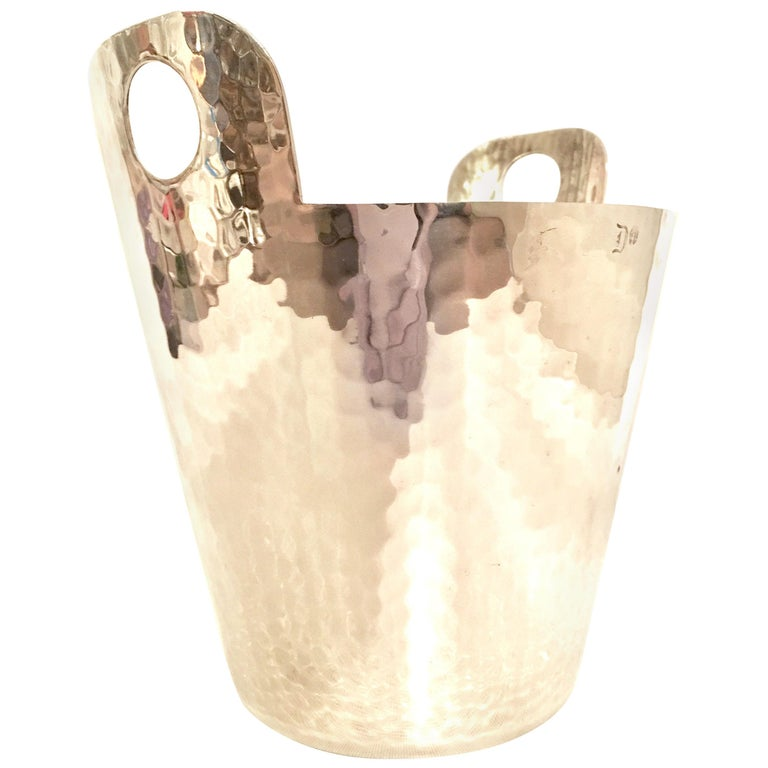 20th Century Modern Italian Hammered Silver Plate Champagne Bucket By, Calegro For Sale