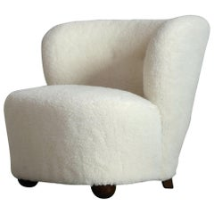 Danish 1940s Fritz Hansen Lounge or Slipper Chair Newly Upholstered in Lambswool