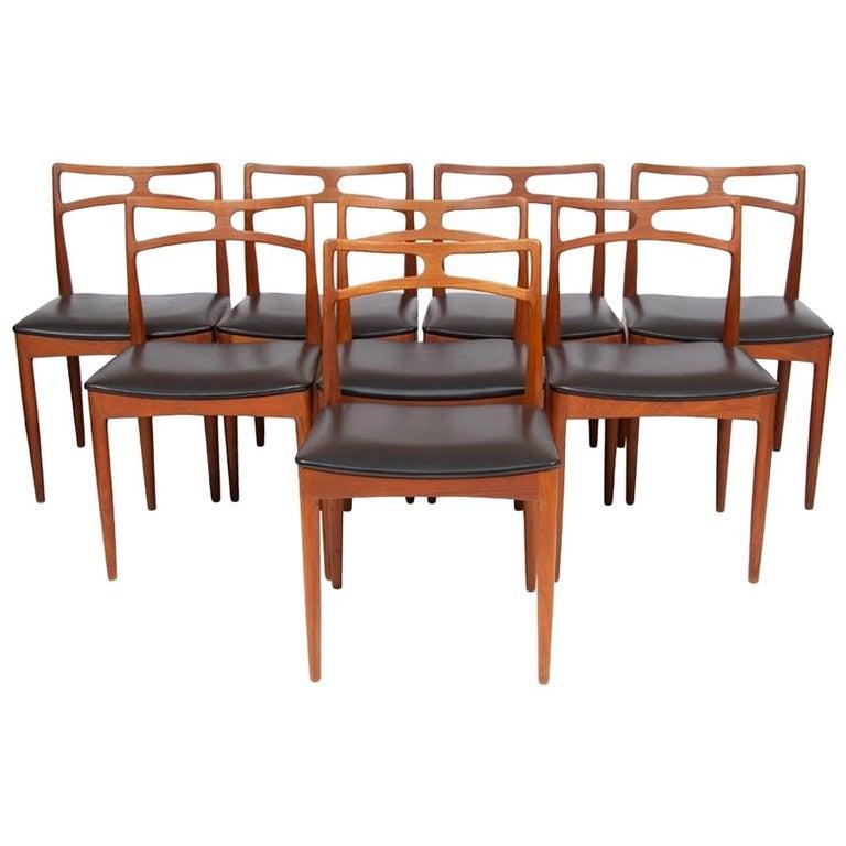 1960s Set of 8 Teak Johannes Andersen Model 94 Dining Chairs Christian Linneberg For Sale