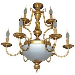 Französischer Art Deco Niederländischer Stil Opalglas 12 Arm Kronleuchter Zweistufig