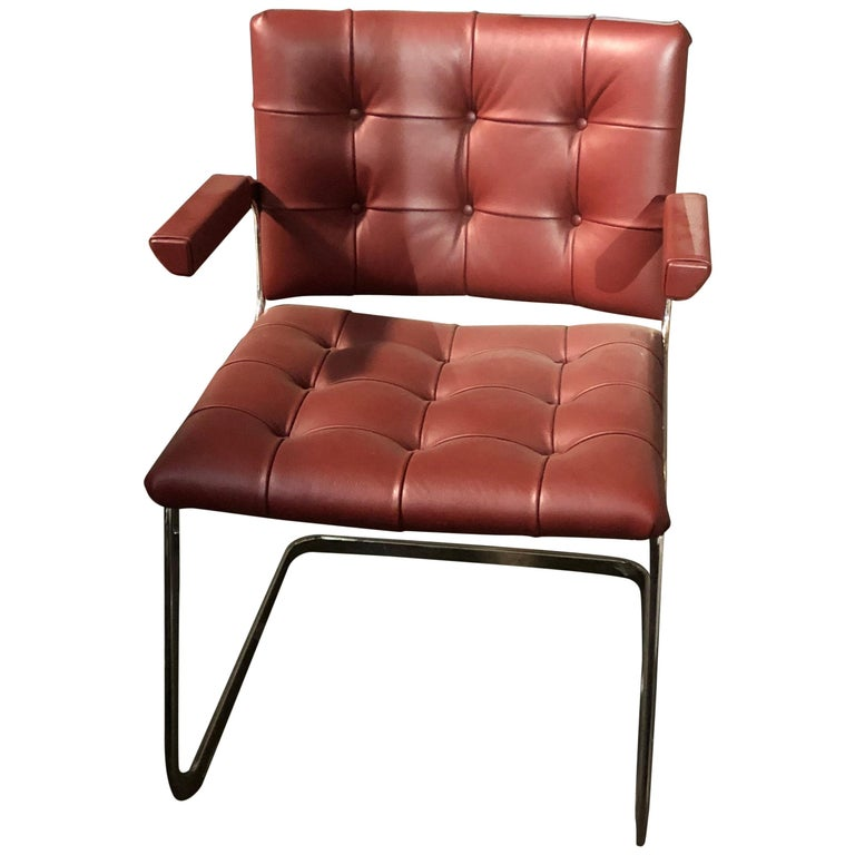 de Sede Classic Set of Three Haussmann RH 305 Red Leather Cantilever Armchairs For Sale