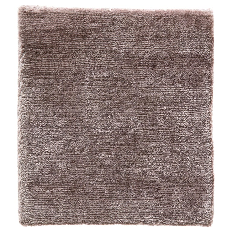 Modern Blush Rose Color Made in Bamboo Silk Rug Hand-Loomed with a Soft Feel For Sale
