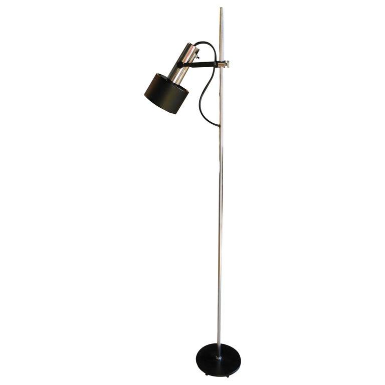Modern Black and Chrome Floor Lamp by Lightoleir For Sale