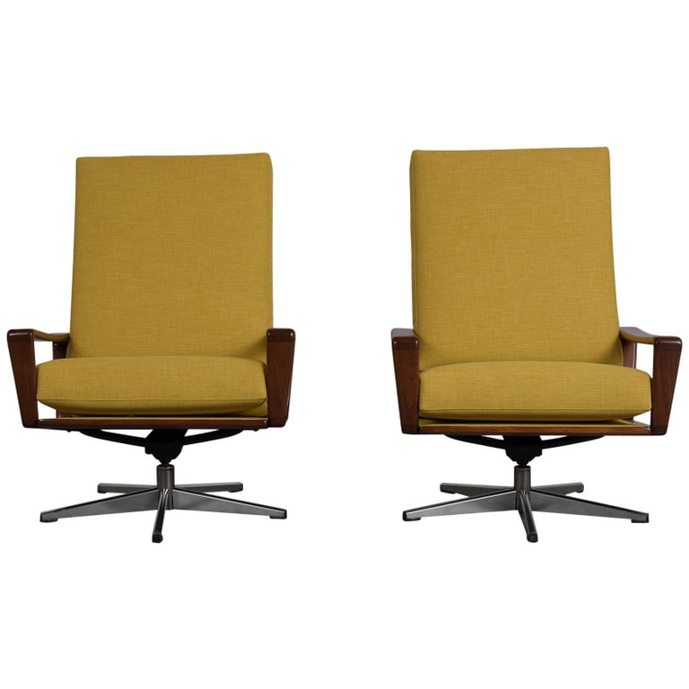 Pair of Modern Danish Swivel Lounge Chairs For Sale