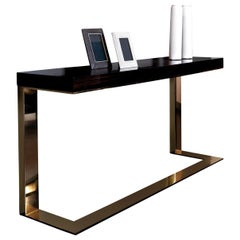 Kelly Console with Glossy Finish by DOM Edizioni