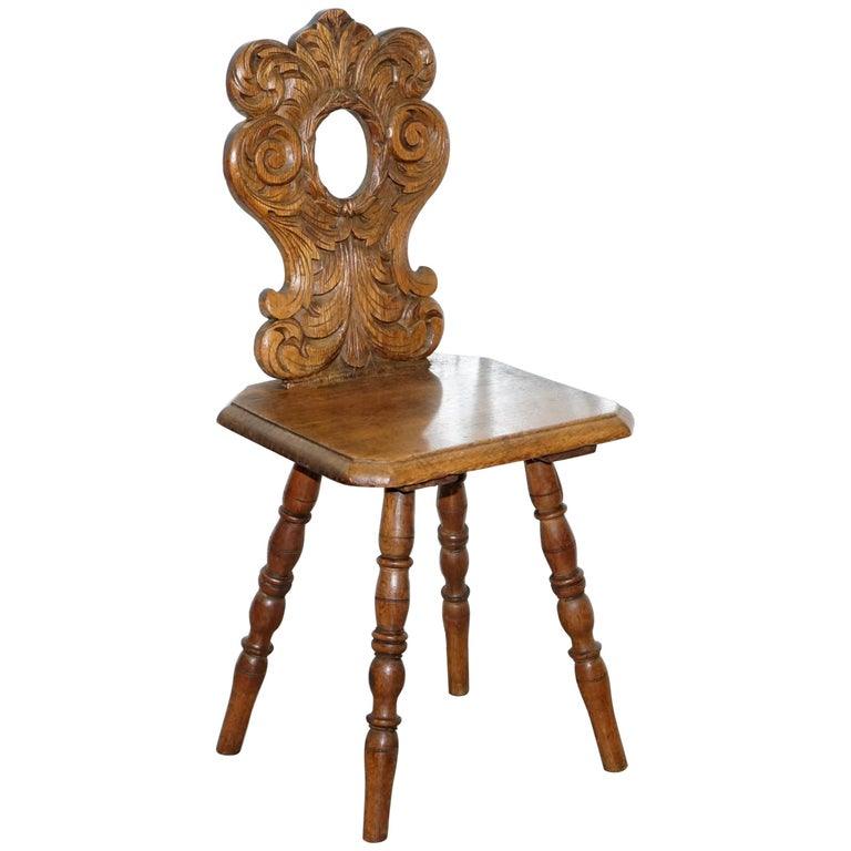 Italian Hand Carved Oak Hall Chair with Ornate Wood Floral Cresting Back Rest For Sale
