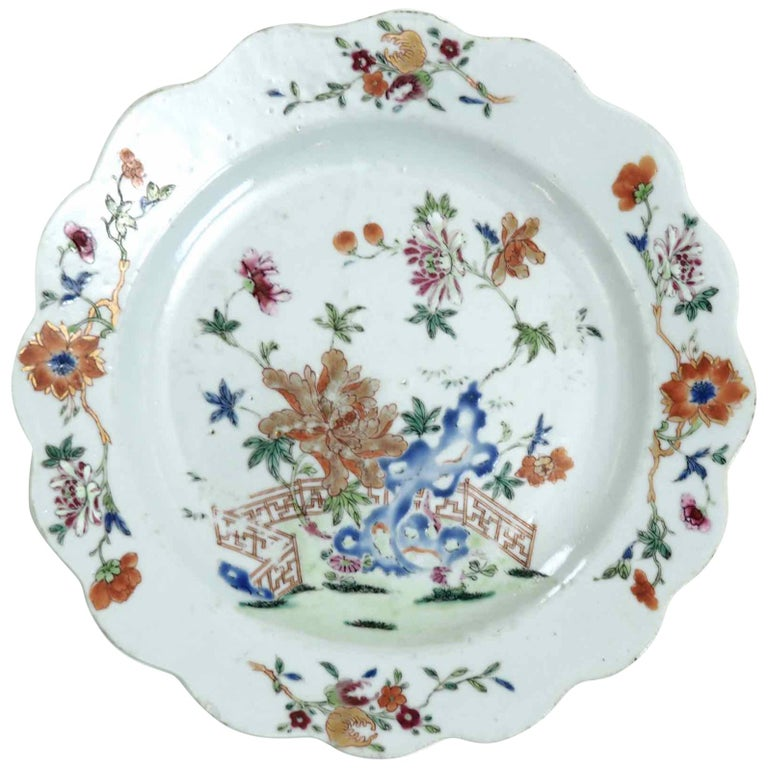 Chinese Plate, 18th Century For Sale