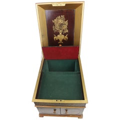 English Chinoiserie Table Chest Box with Mother of Pearl Inlay, circa 1800s