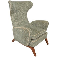 Midcentury Italian Modern Wingback Armchair in the Manner of Gio Ponti
