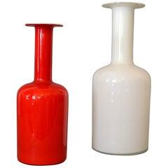 Danish Modern Hand Blown Otto Bauer Gulv Vase in Red & Milk Glass by Holmegaard