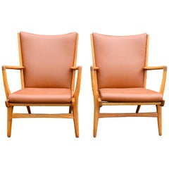 Set of 2 Armchairs Model AP16, Oak and Leather by Hans J. Wegner, A.P. Stolen