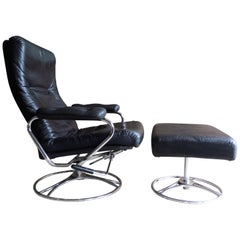 Midcentury Ekornes Stressless Reclining Leather Chrome Lounge Chair & Ottoman