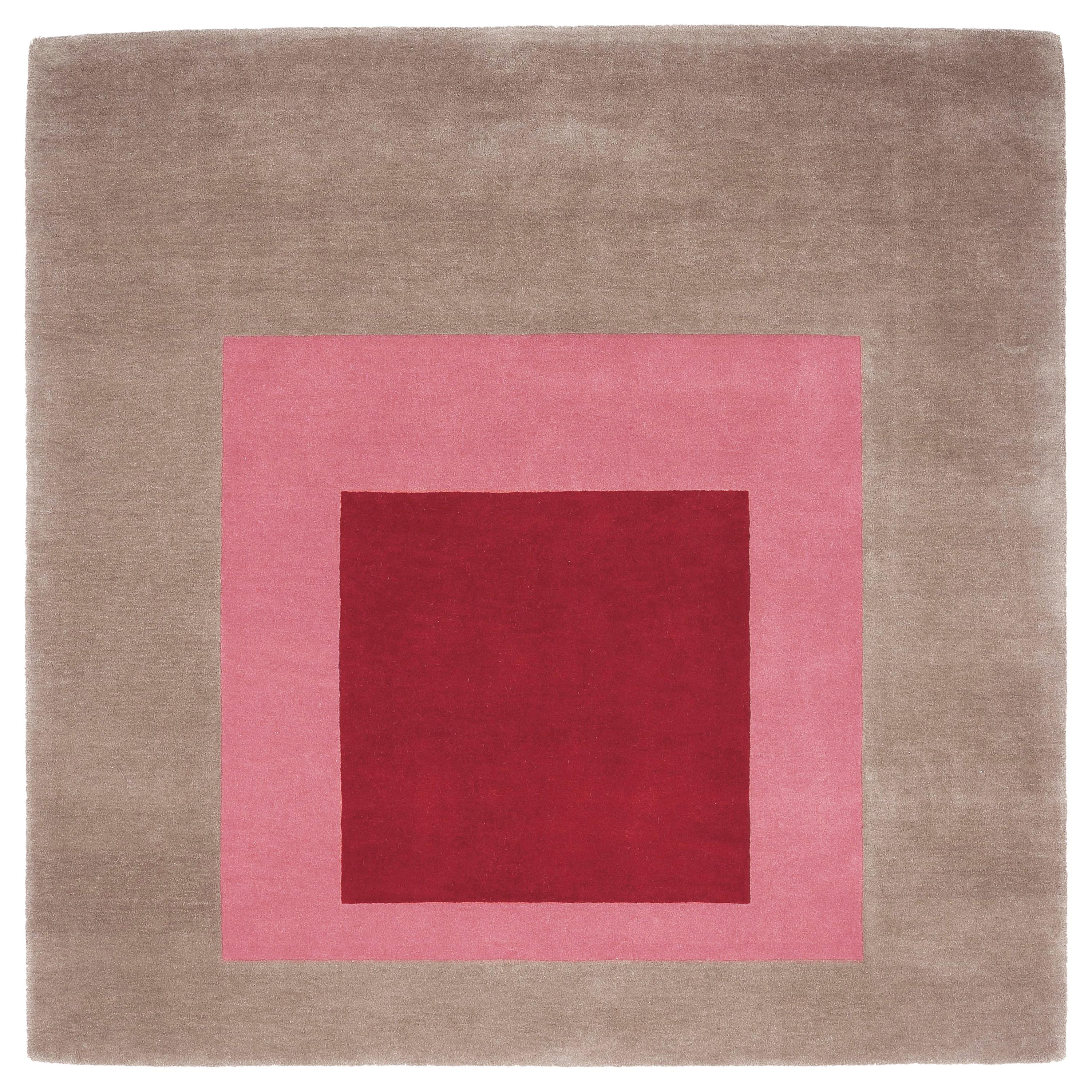 Homage to the Square Rug 'Beige/Pink/Burgundy' by Josef Albers