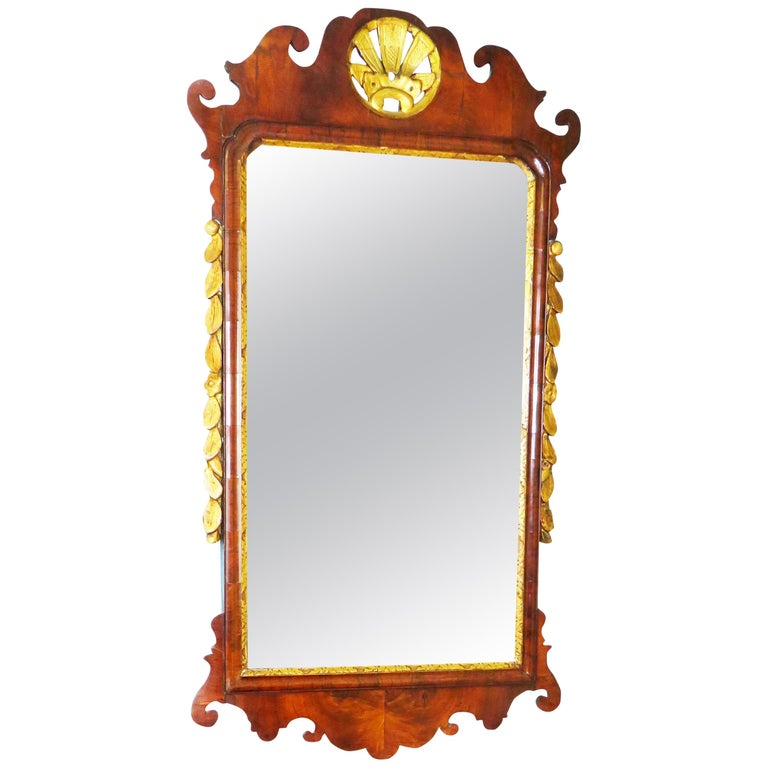 English 18th Century Walnut and Gilt Georgian Antique Wall Mirror For Sale