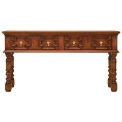 Traditional English Style Console Table