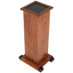 Dutch Oak Art Deco Haagse School Pedestal Table, 1920s