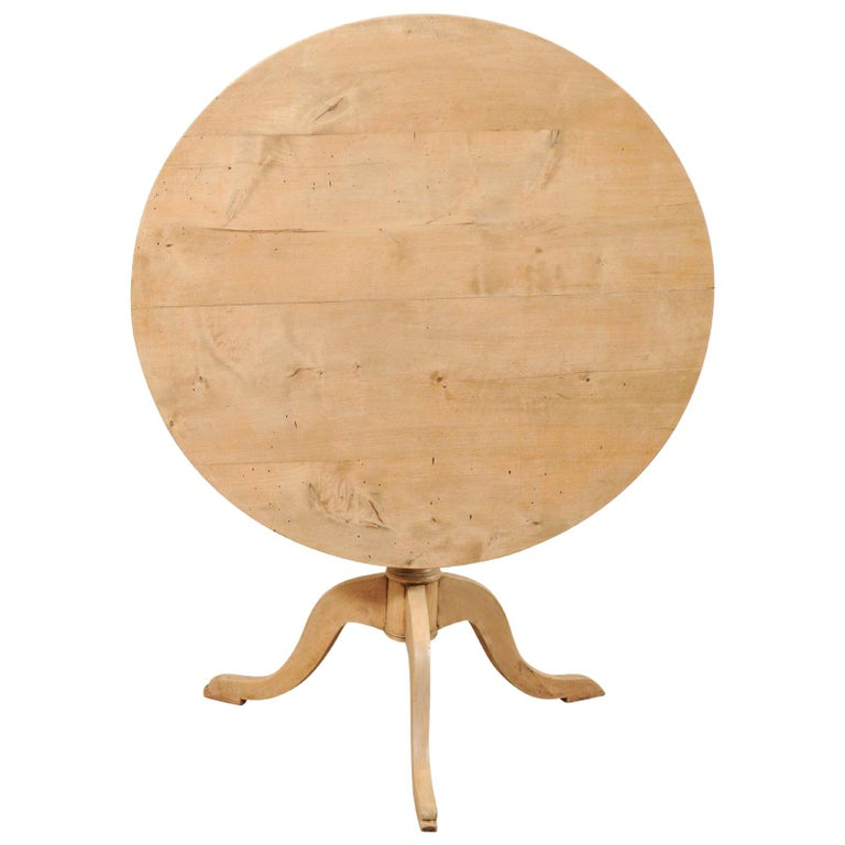 19th Century Swedish Round Bleached Wood Tilt-Top Guéridon Table For Sale