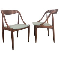 Set of 8 Teak Dining Chairs by Johannes Andersen for Moreddi, Denmark