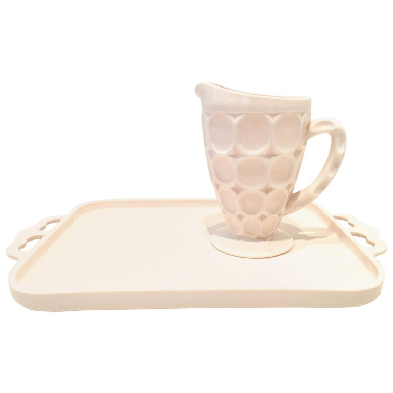 Mid-20th Century American Pink Milk Glass Set of Two Serving Pieces For Sale