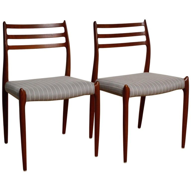 Set of Six Fully Restored 1960s Teak Dining Chairs by Niels O. Møller For Sale