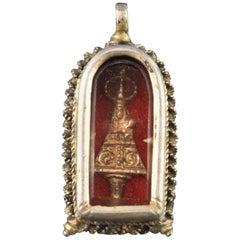 Devotional Pendant. Silver, Glass, Textile, 17th Century