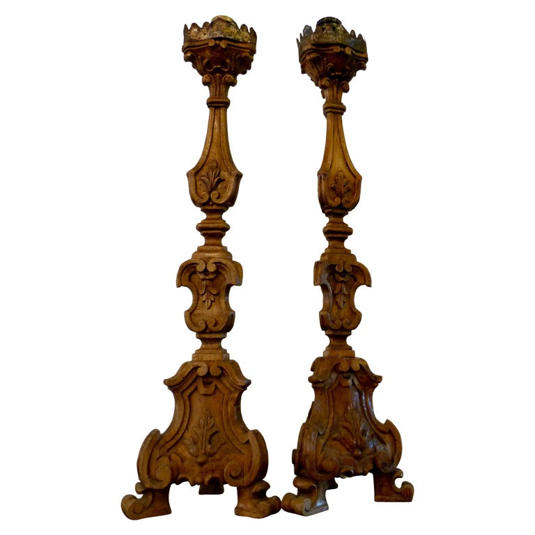 Italian Pair of Large Walnut Candlesticks, Early 19th Century For Sale