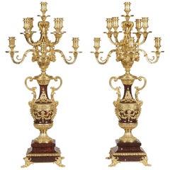 19tes Jahrhundert ein Paar Louis XVI Stil Kandelaber