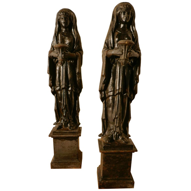 Pair of 19th Century Cast Iron Female Figures Holding Pestle and Mortar For Sale