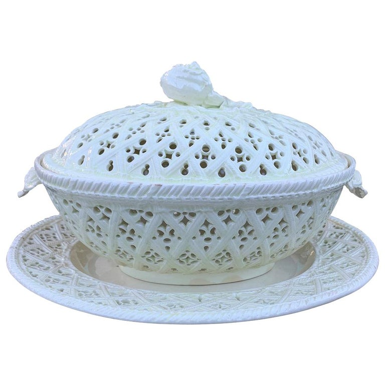 18th Century Three-Piece Creamware Basket with Underplate & Lid For Sale