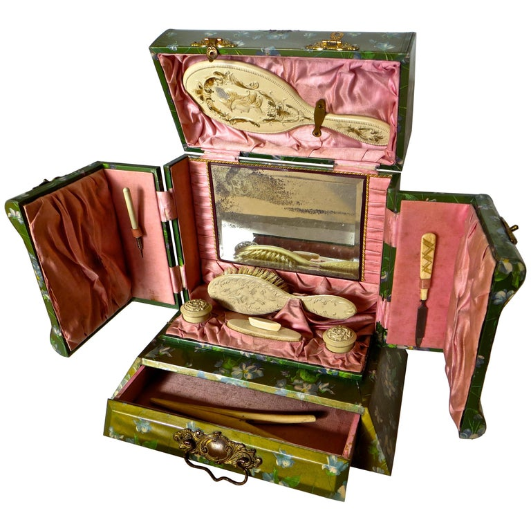 Victorian Lady's Necessaire Table Top Toiletry Box, American, circa 1900 For Sale