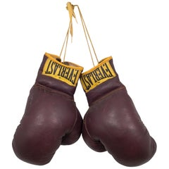 Vintage Leather Everlast Boxing Gloves, circa 1960s